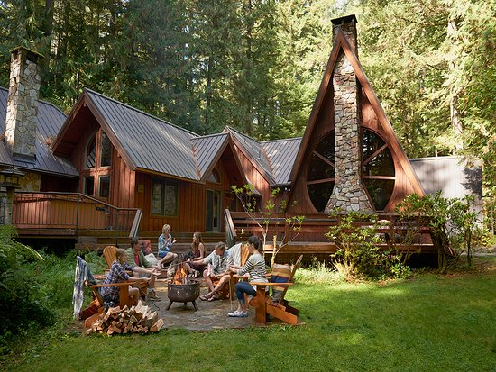 Oregon City, OR: Stay in a cozy vacation rental near Mt. Hood