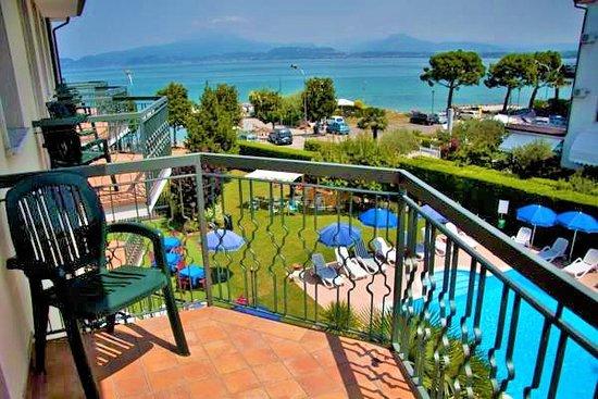 Hotel Fornaci Peschiera Del Garda Italy