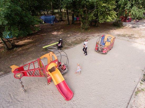 Villerville, França: Aire de jeux pour enfants