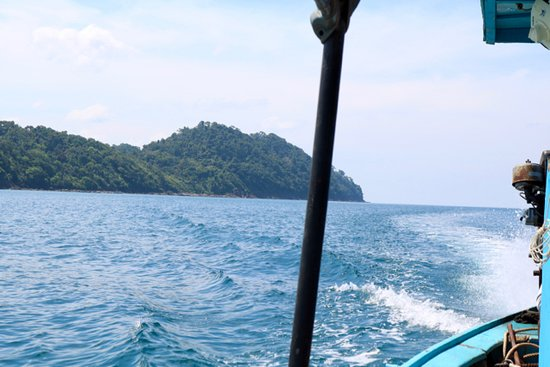Green Andaman Travel: Long Tail boat