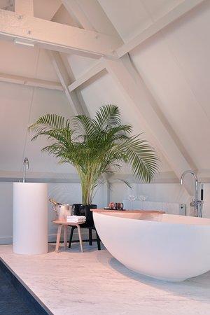 Open badkamer in de suite - Picture of De Nederlanden, Vreeland ...