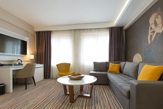 Hotel tesla smart stay belgrado serbia prezzi 2018 e for Hotel belgrado