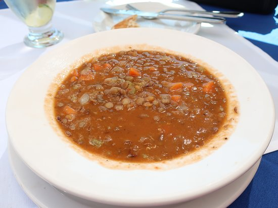 Asteras Greek Taverna: Loved this Lentle soup.