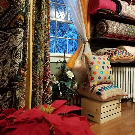 Annapolis, MD: Textiles, Quilts, Tapestries, Cushion-covers, Rugs