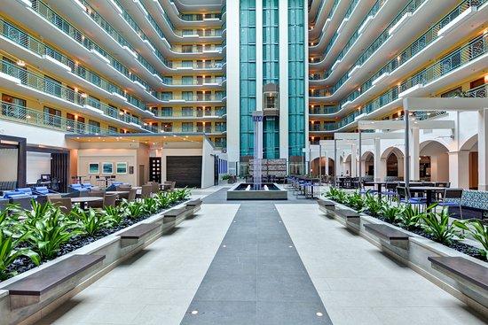 Embassy Suites Hotel Miami International Airport In Miami Fl
