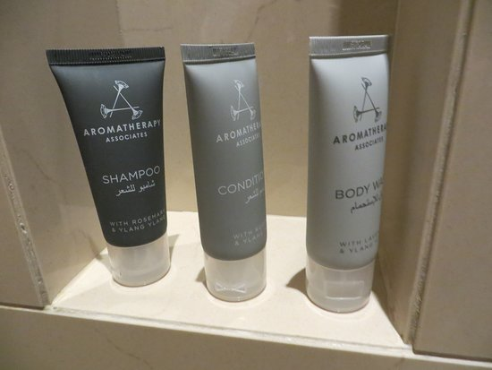 Jw Marriott Marquis Hotel Dubai Bathroom Products