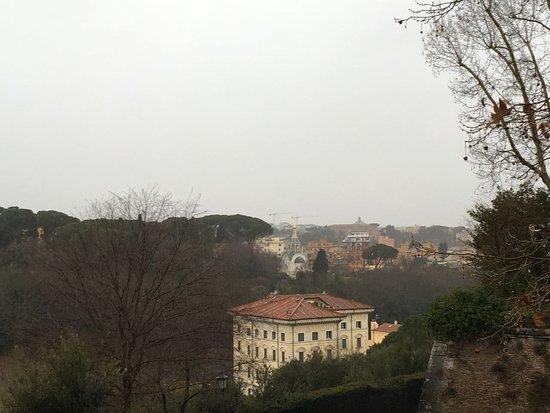 Вид на Храм святой великомученицы Екатерины - Foto di Terrazza del ...