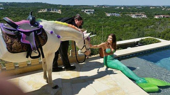 Rockdale, TX: Unicorn Meet Mermaid
