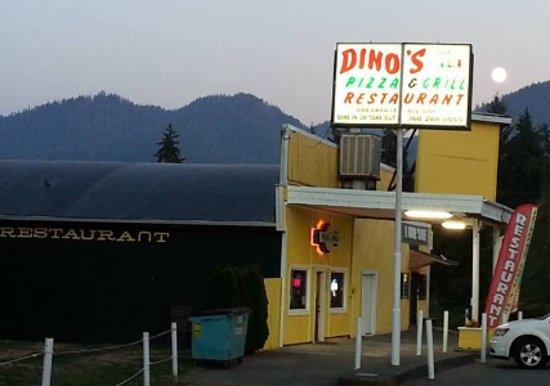 Amanda Park, WA: Dino's