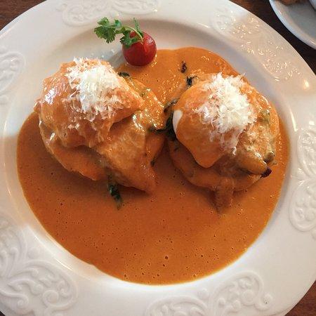Grand Fiesta Americana Guadalajara Country Club : Сегодня утром 13.03.2018 года мы ходили на завтрак ресторан. Там мы попробовали вот такие блюда.
