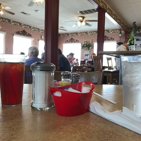 Molly Brown's Country Cafe: photo1.jpg