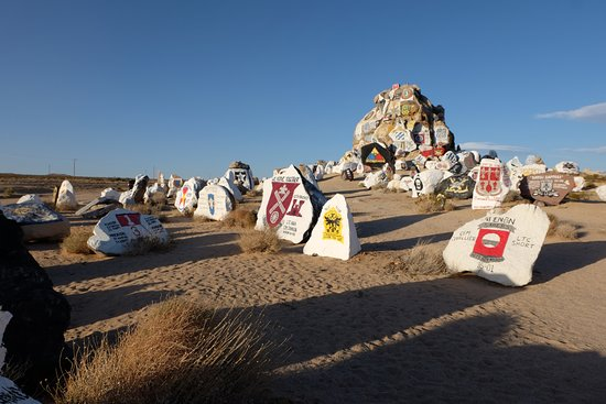 Fort Irwin, CA: Painted rocks