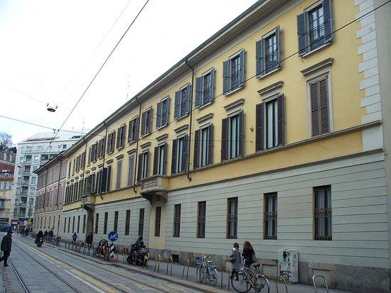 Palazzo Corso di Porta Vigentina 1