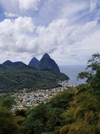Cosol Tours: So beautiful! Pitons