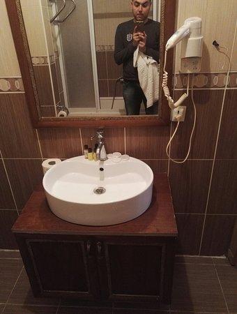 Hotel Gedik Pasa Konagi: IMG_20180306_123923_large.jpg