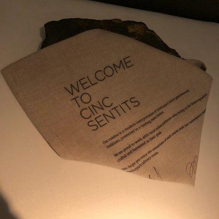 Cinc Sentits照片