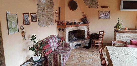 Roccalbegna, Italia: 20180311_114028_large.jpg