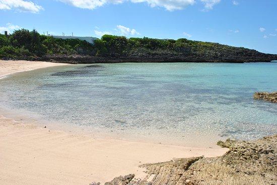 Gregory Town, Элеутера: smaller beach