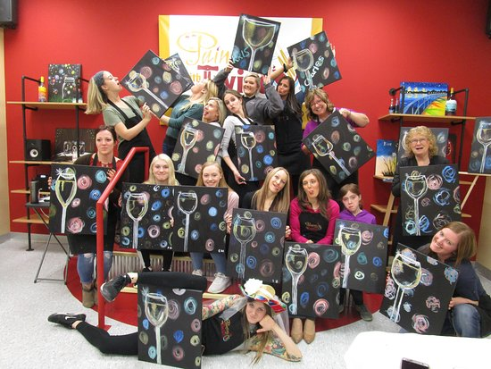 Urbandale, IA: Private bachelorette parties at Painting with a Twist
