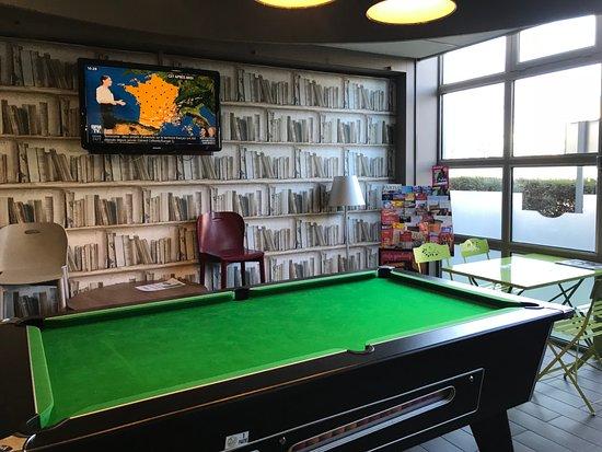 Bobigny, France: pole table in the lobby