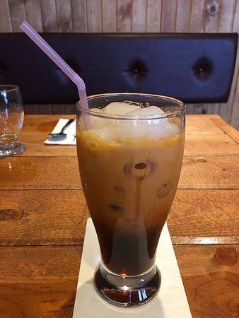 Крэнбрук, Канада: Thai ice coffee