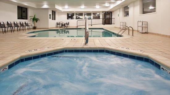 Mercer, PA: Pool