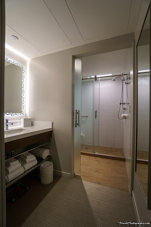 Walk in shower lighting Shower Ideas Luma Hotel Times Square Walk In Shower And Timerbased Lighting Dforgeco Walk In Shower And Timerbased Lighting Picture Of Luma Hotel