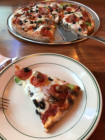 San Mateo, CA: North Beach Special pizza