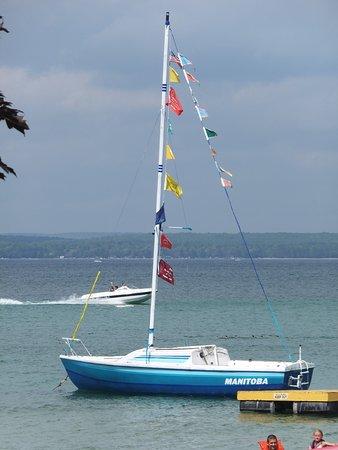 Higgins Lake, ميتشجان: The sailboat