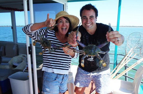 Mandurah Luxury Estuary Crabbing Tour