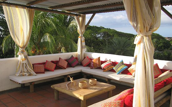 Villa Osumare Guest House: Roof Terrace