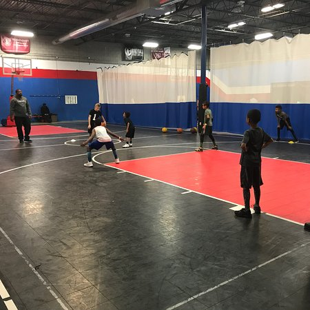 Taylor, MI: Great place to visit! Play sports! Bring a group in to play basketball, dodgeball, floor hockey,
