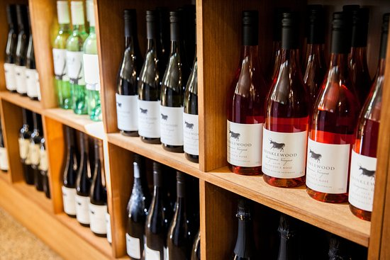 Broke, Австралия: Krinklewood wines available for sale at the cellar door
