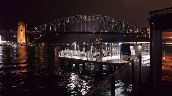 McMahons Point, Australia: 20180313_212201_large.jpg