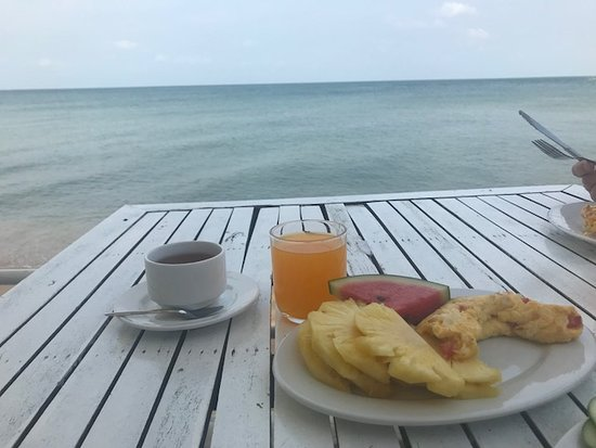 Paris Beach Village Phu Quoc: view from breakfast <3