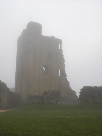 Scarborough Castle: The keep.
