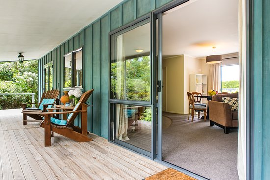 Clive, Yeni Zelanda: Hydrangea Deck