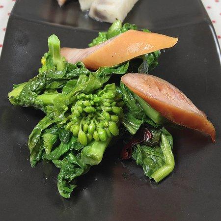 菜の花とウインナーの炒め物