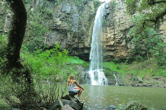 Vila Maria: cascata do Maringá