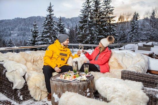 Brezno, Slovensko: Winter grill party