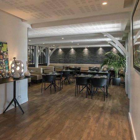 restaurant le sud dans pau avec cuisine fran aise. Black Bedroom Furniture Sets. Home Design Ideas