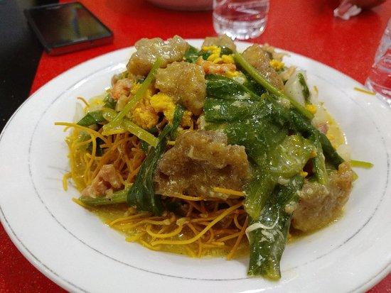 Mie Titi Datumuseng Makassar Restaurant Reviews Photos Tripadvisor