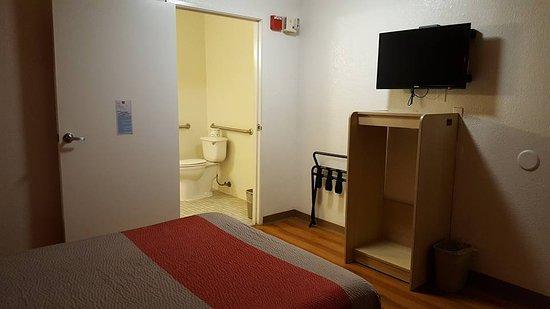 Rosemead, CA: Room #103