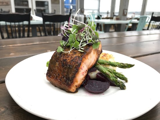 Rustico, Канада: Salmon for Fall Flavours