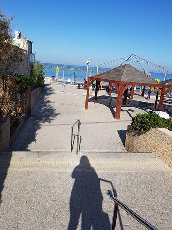 Grand Beach Hotel: 20180314_081615_large.jpg