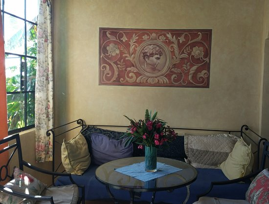 Casa Lobo Bungalows: new painting Casa Lobo Torre 1