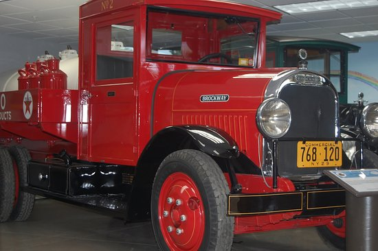 1929 Brockway Texaco Tanker Truck - Picture of CNY Living History