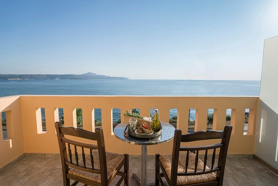 Porto Kalyves Hotel Seaside Apartments: All the apartments have sea view