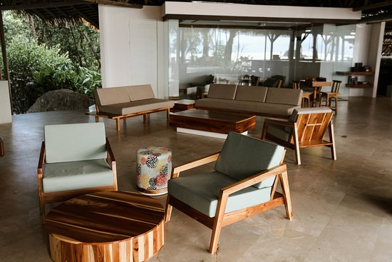 Arenas del Mar Beachfront & Rainforest Resort Photo