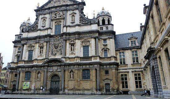 Carolus Borromeus Church: Voorzijde Carolus Borremeus kerk - Antwerpen